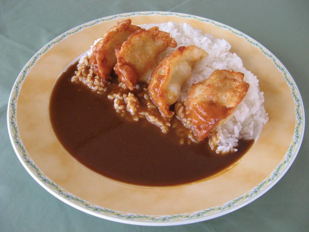 11羽幌えびタコ餃子カレー