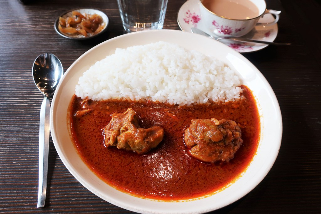 ジャズオリンパス 赤いチキンカレー 神田カレー 神保町カレー カレー名店