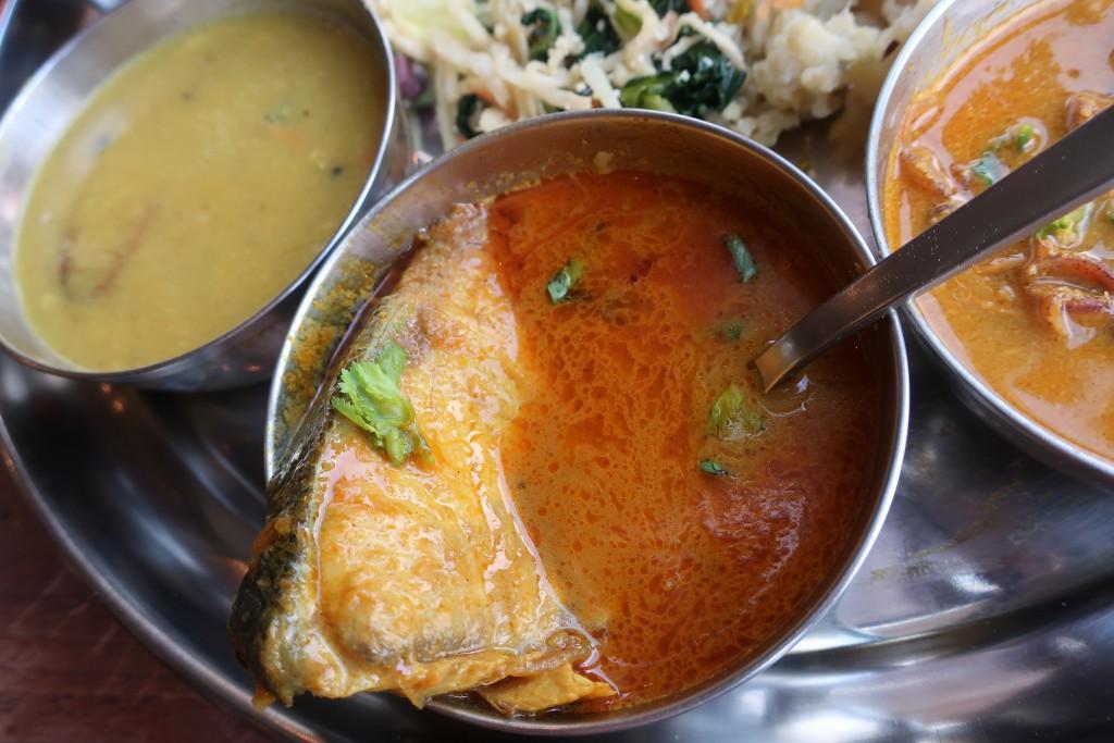 ムーナ 下北沢カレー 海鮮カレー 魚カレー インドカレー LOVE INDIA 諏訪内健