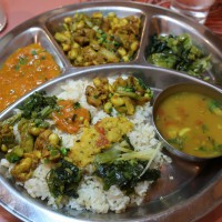 ネパールカレー ダルバート サンサール タルカリ カレー名店 ウルミラ 小岩カレー