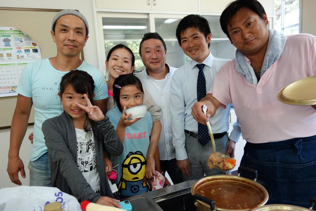 こども食堂 こども食堂 全国こども食堂支援センター むすびえ Get in touch  横須賀カレーラボ よこすかなかながや